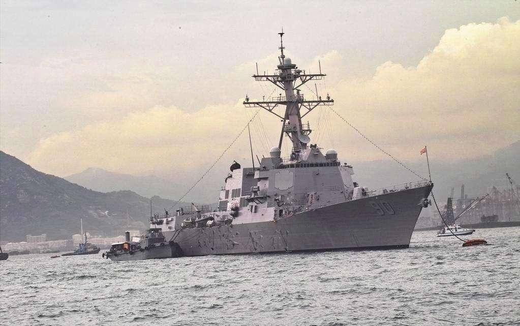 国防部回应美军舰擅闯黄岩岛 罕见用了新形式